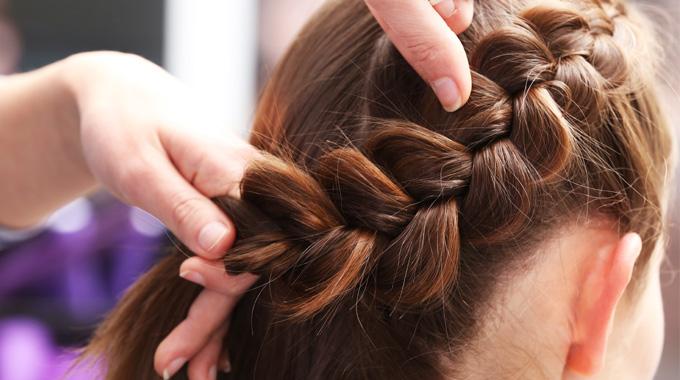 Warkocz najmodniejsze fryzury nawiosnę 2017