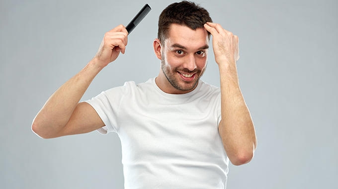 androgenowe wypadanie włosów przyczyny