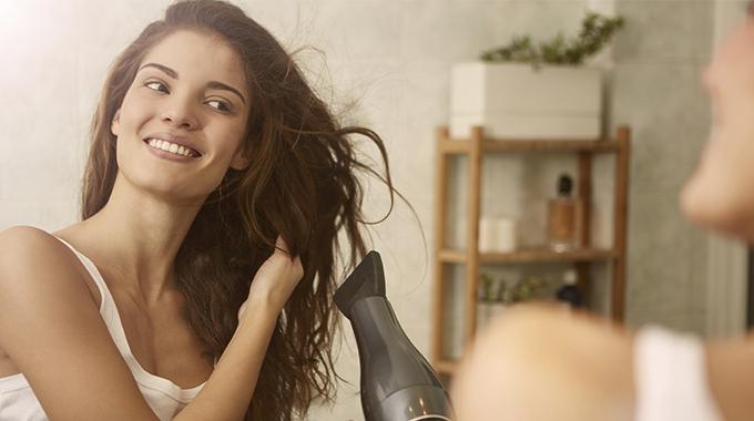 Suszenie włosów – czy jest konieczne?