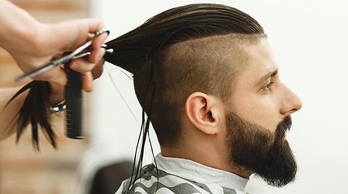 Cięcie męskich włosów