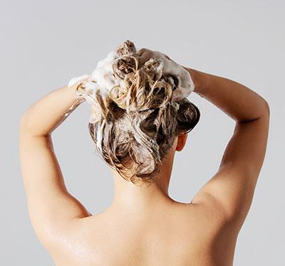 Przetłuszczające Się Włosy Sposoby Na Pielęgnację Tłustych