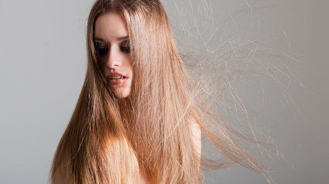 Poznaj Skuteczne Sposoby Na Puszące Się Włosy Włosy