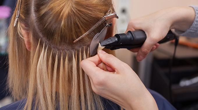 Znalezione obrazy dla zapytania: przedłużanie włosów ultradźwięki