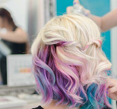 Kolorowy spray do włosów