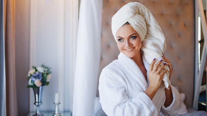 Mycie włosów płynem micelarnym