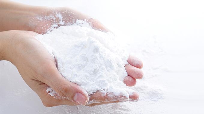Mycie włosów mąką