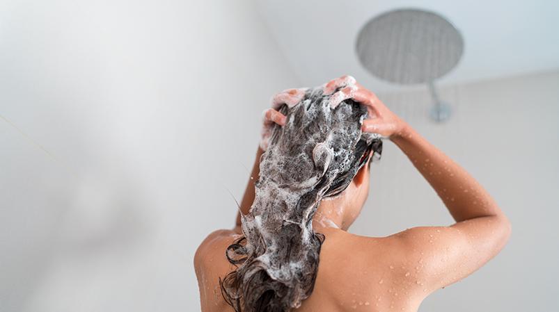 Odżywianie włosów przedmyciem