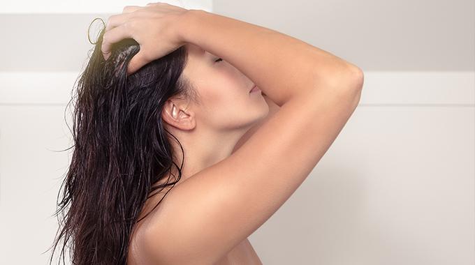 Czarna rzepa nawłosy