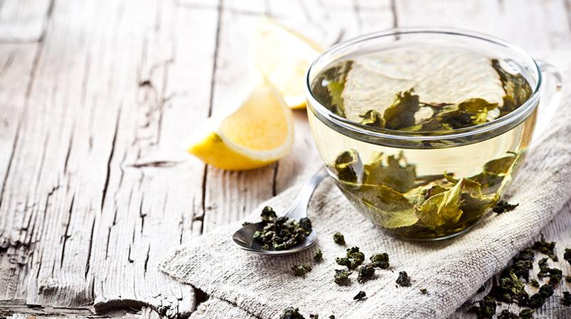 Szampon zzieloną herbatą