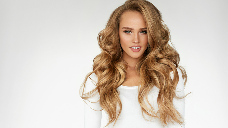 Uniesienie włosów odnasady