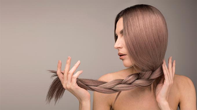 Luźny warkocz - najlepsza fryzura nanoc